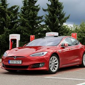 Tesla เรียกคืนรถยนต์รุ่น Model S จำนวน 123,000 คันทั่วโลก