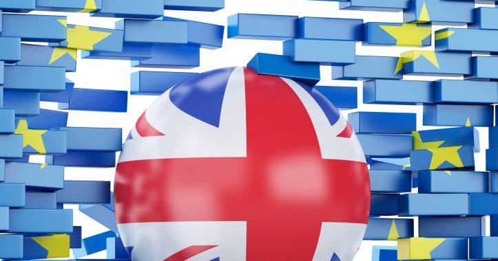 Brexit ส่อแววฉุดเศรษฐกิจอังกฤษย่ำแย่ หากข้อตกลงขาดความแน่นอน