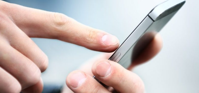 บริษัทในรวันดาเปิดตัวสมาร์ทโฟนที่ผลิตในแอฟริกาเป็นครั้งแรก