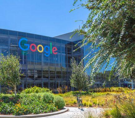 กูเกิลจะลงทุน 10,000 ล้านดอลลาร์สหรัฐ เพื่อเร่งการเปลี่ยนผ่านสู่ดิจิทัลในอินเดีย