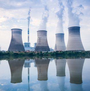 ถ่านหินยังเป็นเชื้อเพลิงหลักผลิตไฟฟ้าในเอเชียตะวันออกเฉียงใต้ แม้โลกเริ่มเปลี่ยนไปใช้พลังงานสะอาด