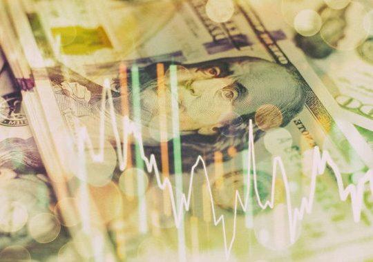 นักลงทุนรายใหญ่ และแฟมิลี่ ออฟฟิศมองการลงทุนใน 12 เดือนข้างหน้าอย่างระมัดระวัง